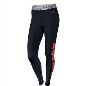 Nike Pro Warm Mezzo Waistband Tights black red Sm